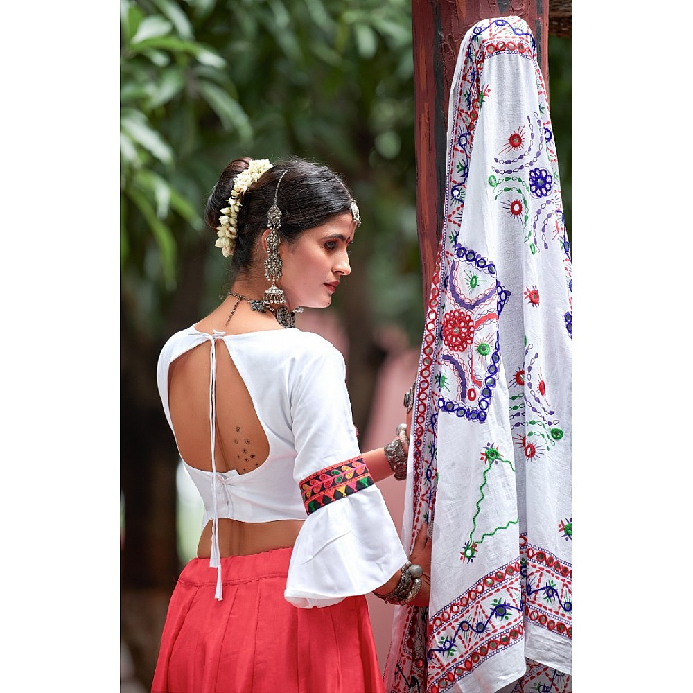 Navratri special white and red soft cotton chaniya choli for garba