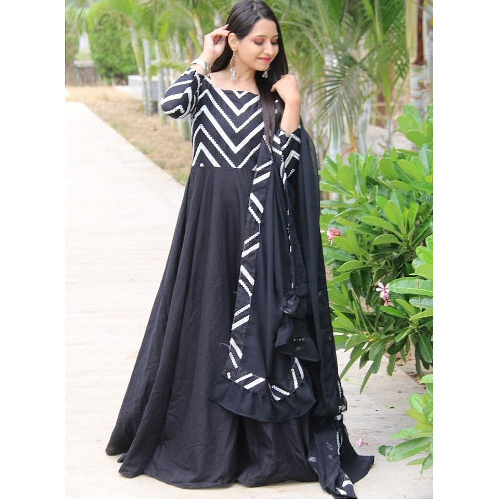 Black flax cotton with embroidered work party wear gown